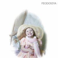 девочка в шляпе :: Вера Федотова