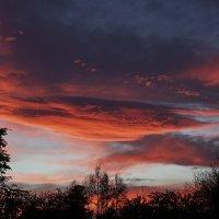 Над Испанией облачное небо... :: Людмила Синицына
