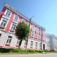 Жилой дом в городе Козьмодемъянске :: Сергей Тагиров