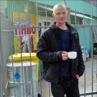 С чашкой кофе :: Нина Корешкова