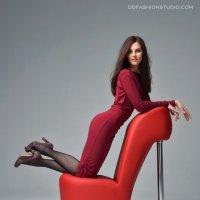фотосессия с креслом-туфелькой :: лариса крутова