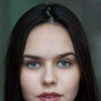 Студийный портрет. :: Алексей Щетинщиков