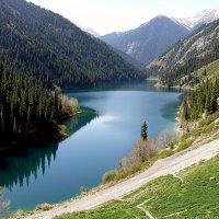 Третье Кольсайское озеро :: Асылбек Айманов