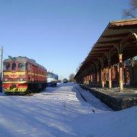 Советские поезда тут больше не ходят... :: Марина Домосилецкая