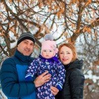Мама, папа и принцесса :: Мария Иванова