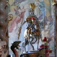 Главный алтарь церкви Святого Георгия :: Асылбек Айманов