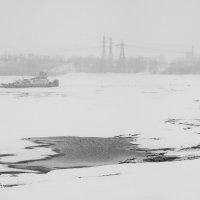 Зимняя стоянка. :: Геннадий Комиссаров