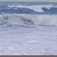 Волны  пенятся ...  Шторм. :: Ivana