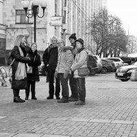 Москвичи и гости столицы. :: Лара ***