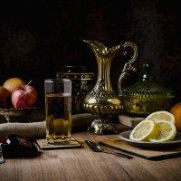 Фрукты и сок :: Sergei Shkolny