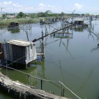 Канал Порт Милена. Калимеры - рыболовные конструкции :: Марина Домосилецкая