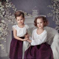 Две сестренки :: Анна Локост