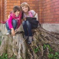 Молодая поросль... :: Марина Савчиц