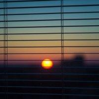 Заходящее солнце :: Кирилл Кузнецов
