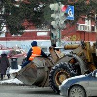 Прокати нас Петруша на тракторе :: Валерий Чепкасов