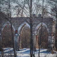 сохранившийся фрагмент арки :: Сергей Цветков