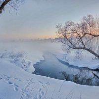 Утренняя река :: Николай Андреев