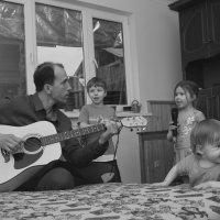 Музыкальная семья. :: Larisa Gavlovskaya