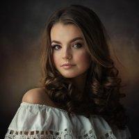Портрет у окна :: Денис Дрожжин