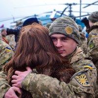 Солдат живёт ради тех, кто его ждёт :: Denis Lisovets