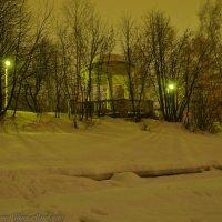 Ротонда на вечерней набережной. :: Виктор Евстратов