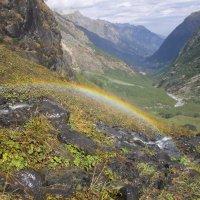 Маленькая радуга от большого водопада :: Наталья Федорова