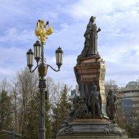 Памятник Екатерине II :: Игорь Хижняк