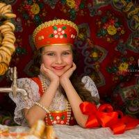 У самовара :: Юлия