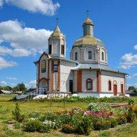 Храм.  в  поселке  Свислочь. :: Валера39 Василевский.