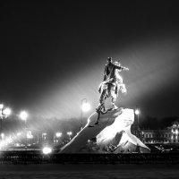 Всадник в ночи :: Григорий Храмов