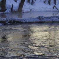 Течёт река, бежит река... :: Владимир Максимов
