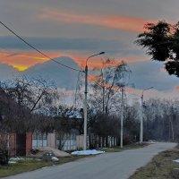 И  у  нас  горы  нарисовались. :: Валера39 Василевский.
