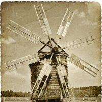 Старая ветряная мельница. :: Александр Л......