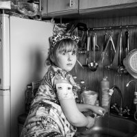 за мытьем посуды :: Татьяна Исаева-Каштанова