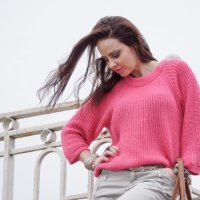 Розовый свитер :: Андрей Майоров
