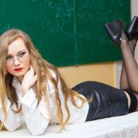 Плохая учительница :: Дина Горбачева