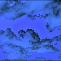 Под небом голубым... :: Нина Корешкова