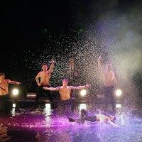 Танцы под дождем :: Сергей