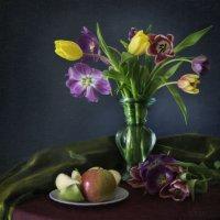 Тюльпаны :: Юлия Галиева