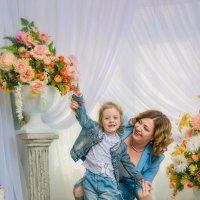Мама с дочкой Миланой :: Андрей Володин