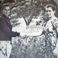 Поздоровались навсегда. 1958 год :: Нина Корешкова