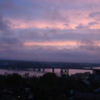 Розовый закат над рекой Белой :: Сергей Тагиров