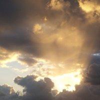 Восход,лучи. :: Валерьян