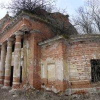 заброшенный храм :: Vik Fox