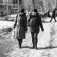 Люди в городе :: Сергей Черепанов