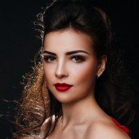 *** :: Мария Романюк