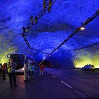 Норвегия. Грот в тоннеле. :: Наталья Иванова
