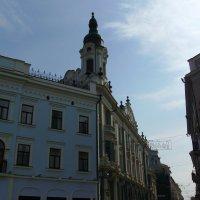 Административное  здание  в  Черновцах :: Андрей  Васильевич Коляскин
