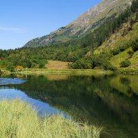 Горное озеро :: Владимир