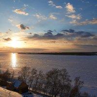 скованная льдом Волга :: Седа Ковтун